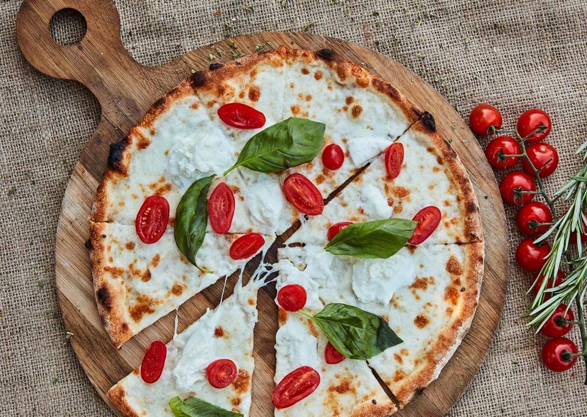 Bussola Signature Pizza